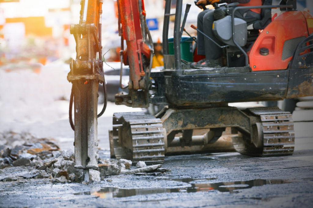 Noisy work environment causes hearing difficulties